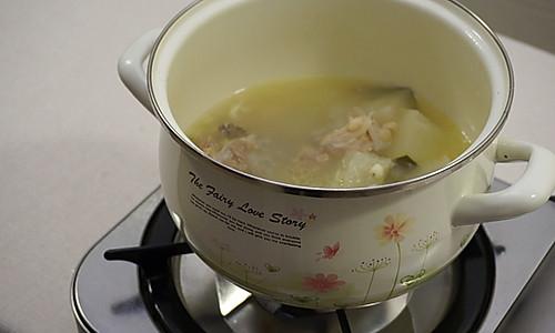 薏米冬瓜排骨汤 祛湿排毒的做法