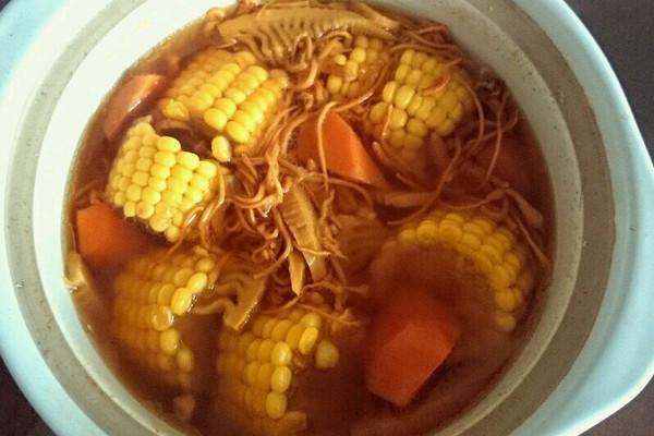 虫草花玉米汤的做法