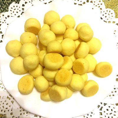奶香蛋黄小奶豆
