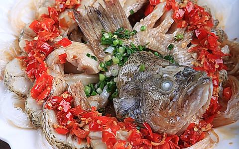 剁椒粉丝开屏鱼的做法