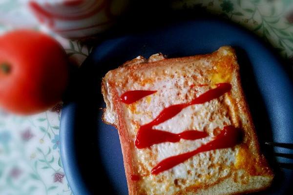 火腿芝士煎蛋吐司的做法