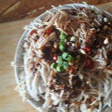 金针菇黄瓜蒜泥白肉
