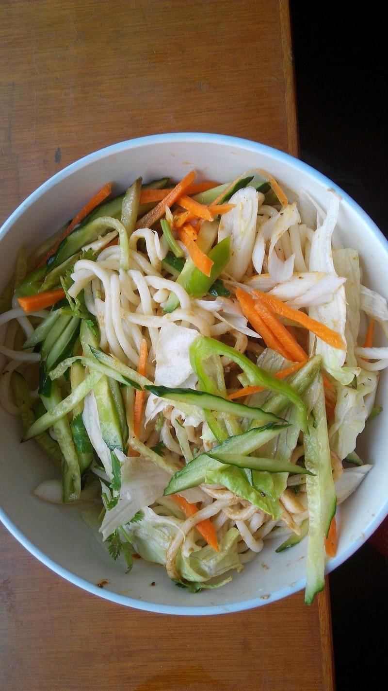 蔬菜面的做法_【图解】蔬菜面怎么做好吃_下午3点钟