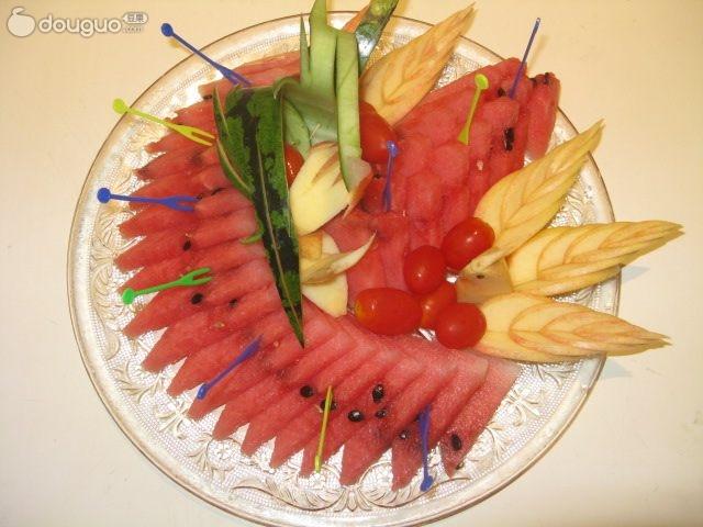 西瓜水果拼盘图片