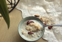 懒人红枣牛奶燕麦粥的做法