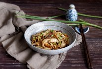 菌菇炒肉丝的做法
