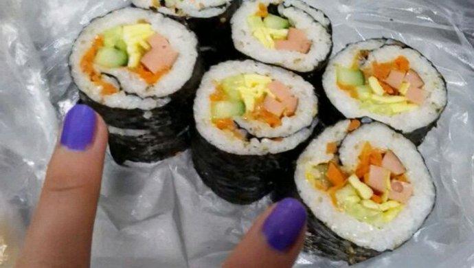 咸味紫菜包饭