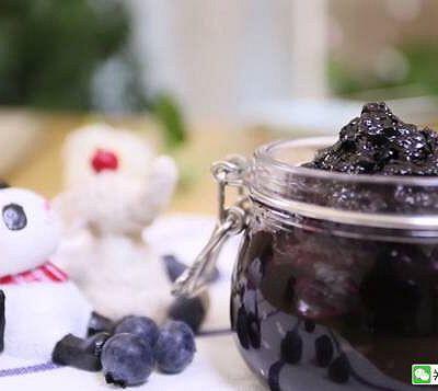 宝宝辅食食谱 自制蓝莓酱