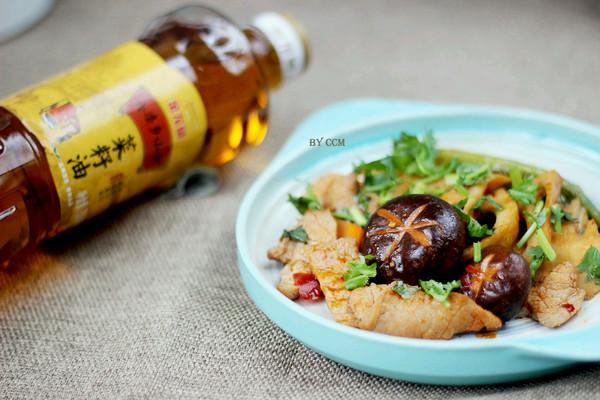 香辣水煮肉片#金龙鱼外婆乡小榨菜籽油 最强家乡菜#的做法