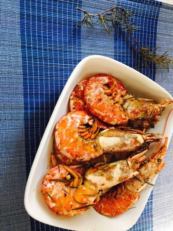 迷迭香烤大虾的做法