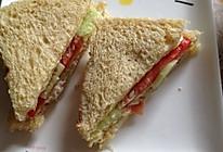 三分钟能量早餐--全麦金枪鱼三明治的做法