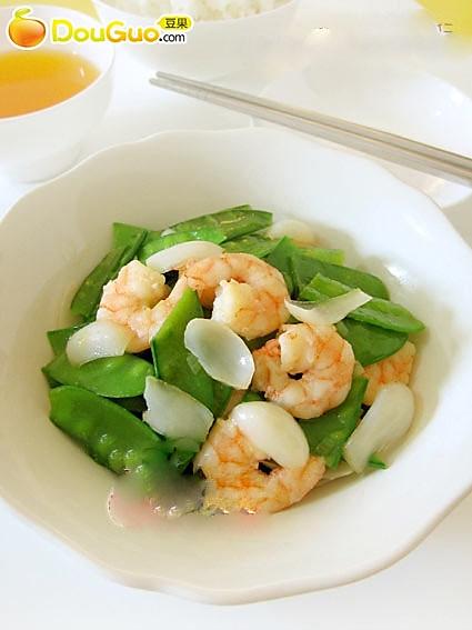 夏日小阴凉:鲜虾百合炒荷兰豆的做法