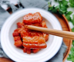 #宅家厨艺 全面来电#不加一滴油的腐乳焖五花肉的做法