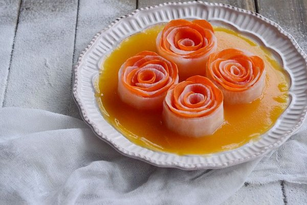 【黄金玫瑰萝卜花】冬季萝卜小人参哈!的做法