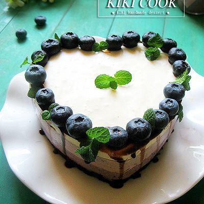 蓝莓奶酪慕斯蛋糕