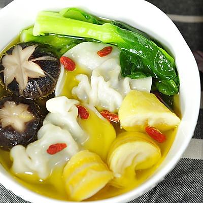 江南鲜春笋鸡汤饺