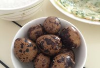 五香鹌鹑蛋(卤各种)的做法