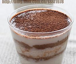 杯装酸奶提拉米苏的做法