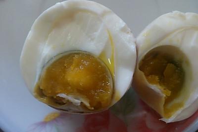 自制流油咸鸡蛋