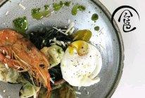 「回家菜谱」——罗勒海鲜意粉配水波蛋的做法