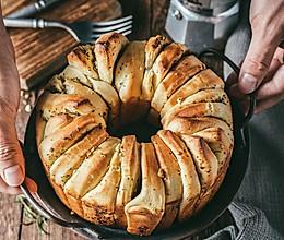 手撕蒜香面包的做法