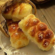 香甜麻花小面包