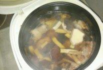 广东老火汤--椰子煲鸡汤的做法
