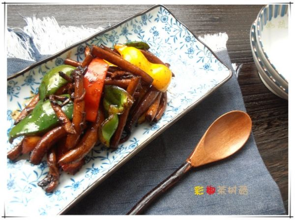 彩椒茶树菇的做法
