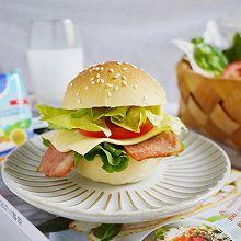 #安佳儿童创意料理#培根芝士汉堡