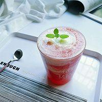 西瓜蜜桃酸奶饮