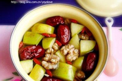 苹果大枣核桃汤