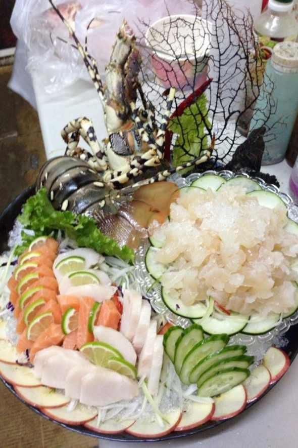 活龙虾拼生鱼片