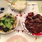 蒜烤排骨,香菇菜心,大米饭