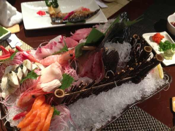 石锅鱼手绘图