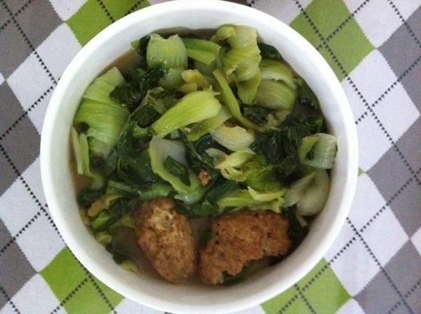 蟹粉狮子头烧青菜