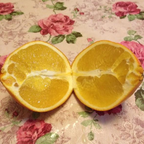 橙子对切_连玥菡的美食日记