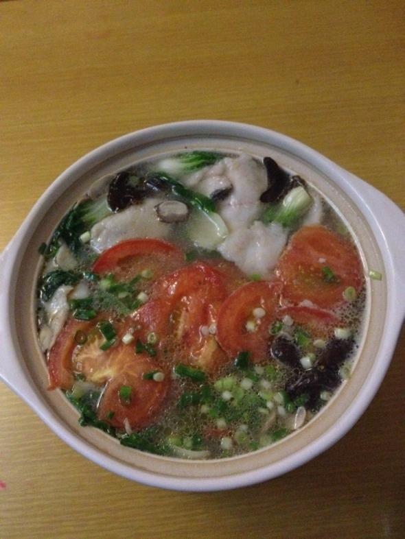 鲜菇菜心鱼片汤之砂锅版