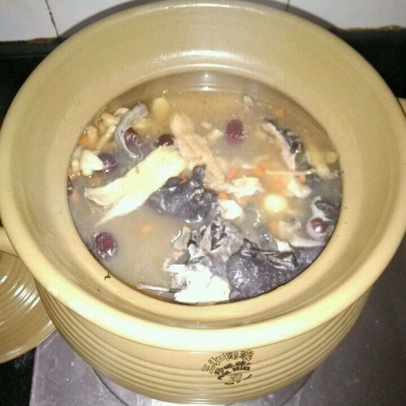 乌鸡清补凉汤