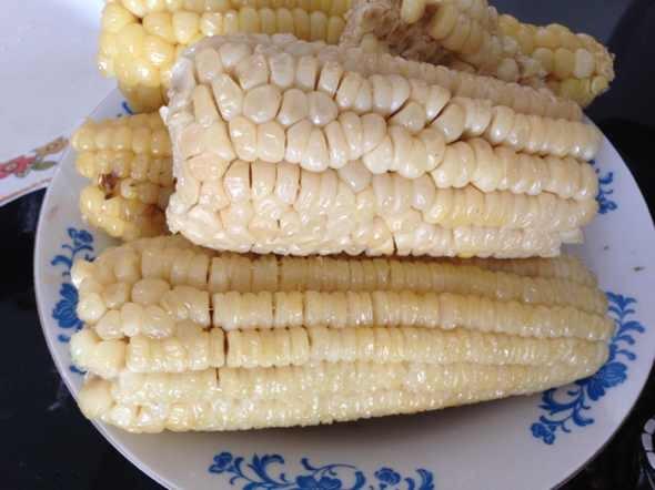 可爱玉米图片大全