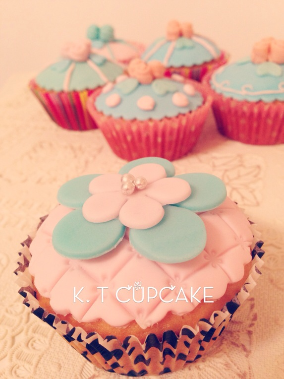 cupcake纸杯翻糖蛋糕
