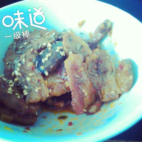辣椒酱煎炒五花肉