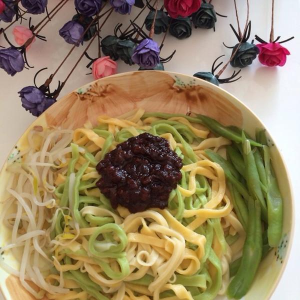 连玥菡做的彩色面条的做法 豆果美食