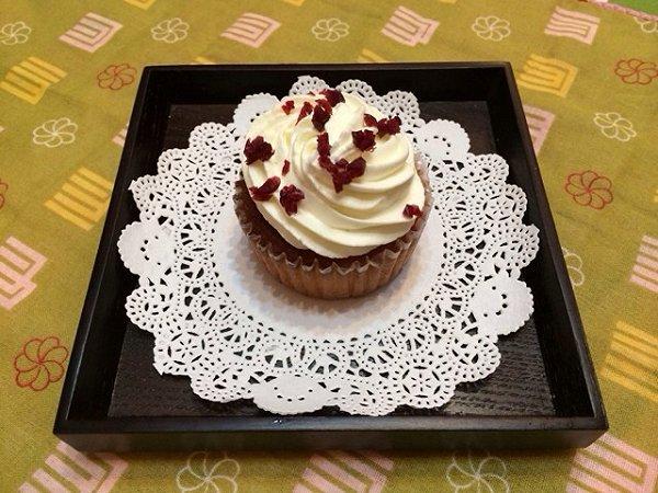 巧克力块奶油杯子蛋糕的做法