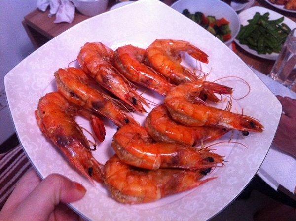 蒜味烤虾的做法