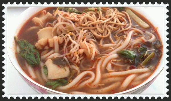 经典云南美食【过桥米线】最完整版的家庭米线制作法门的做法