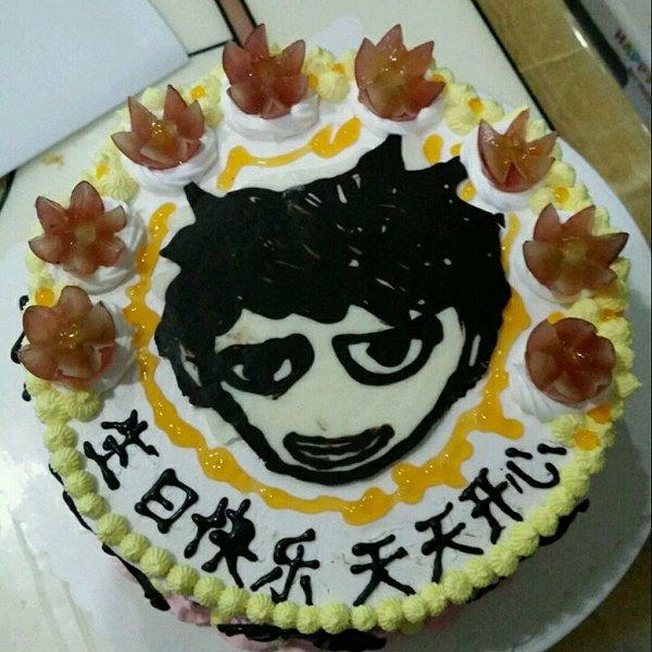 乳脂动物奶油水果生日蛋糕