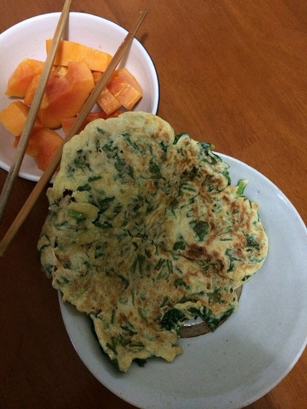 菠菜蛋奶饼(营养早餐)的做法