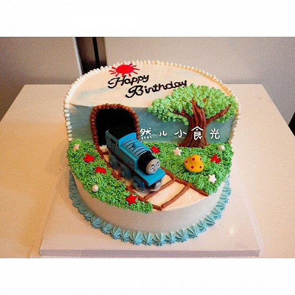 托马斯生日蛋糕