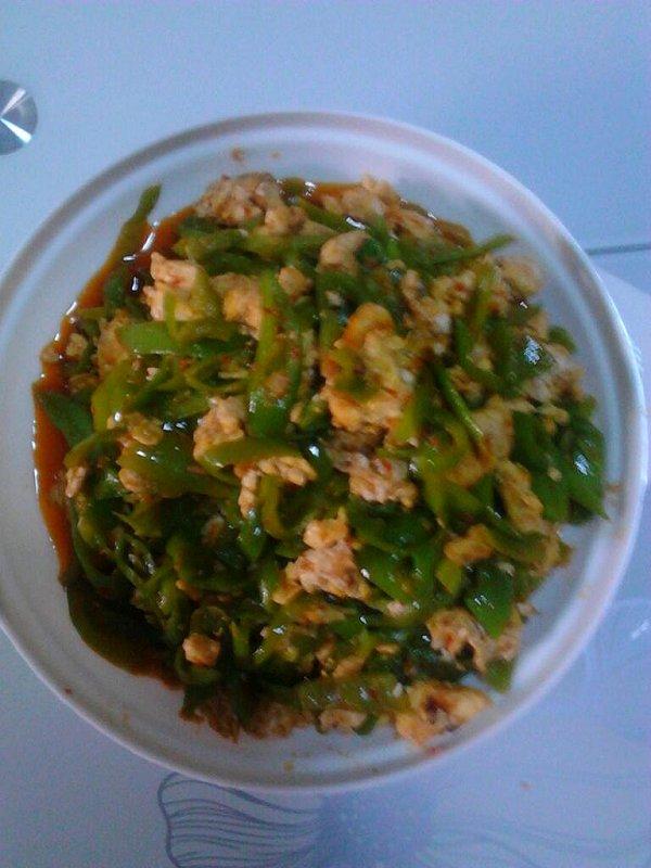 青椒炒鸡蛋的做法
