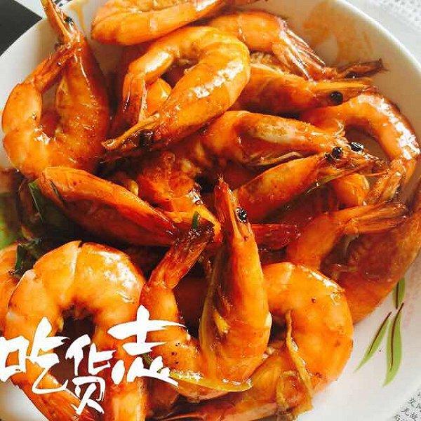 hanni晓晓美食做的红烧大虾的做法